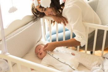 Jak wybrać pierwsze łóżeczko i materac dla dziecka?