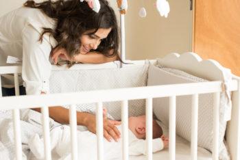 Jak wybrać pierwsze łóżeczko imaterac dla dziecka?