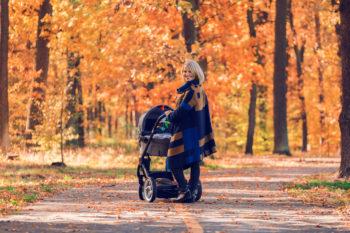 Jak bezpiecznie korzystać z dziecięcego wózka?