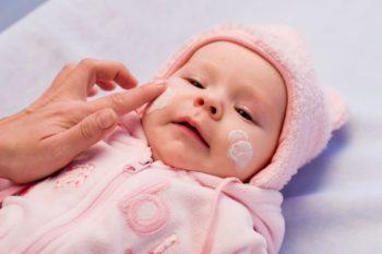 Jaki krem na zimę dla niemowlaka i przedszkolaka?