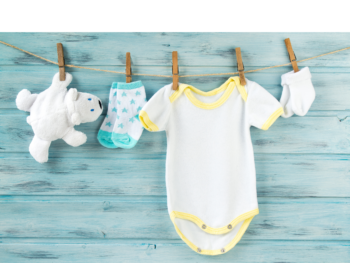 Jak prać ubranka noworodka i niemowlaka?